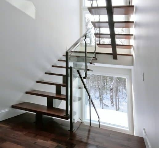 Escalier fini - Finished staircase